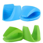 Cheap Silicone insulated clip anti hot gloves baking microwave handgrip oven mitts