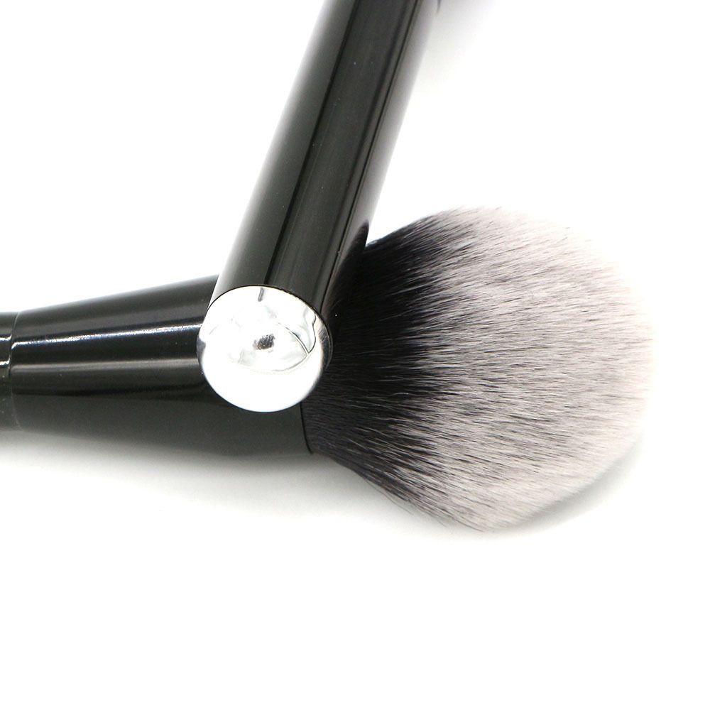 Blusher Brush B