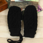 Wholesale New fashion Autumn and winter lady outdoor knitted warm half finger long gloves custom womens mittens