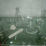 Laboratory oil separatory funnel as drawing glass filter funnel