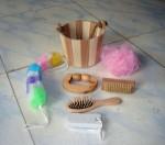 Wooden bucket bath set /shower set