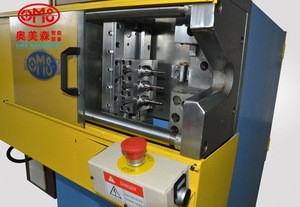 based on the tube end forming machine with flinging mode