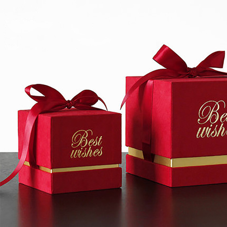 Luxury Red Velvet Custom Logo Square Paper Box Candy Packaging Box Wedding Favor